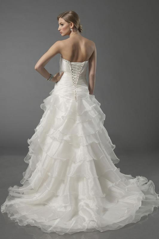 jade-daniels-2014-collection-style-8706-back