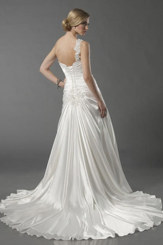 jade-daniels-2014-collection-style-8713-back