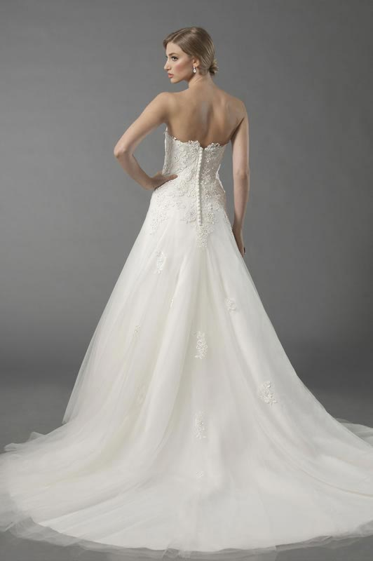 jade-daniels-2014-collection-style-8725-back