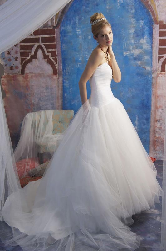 jade-daniels-2014-collection-style-9175-back