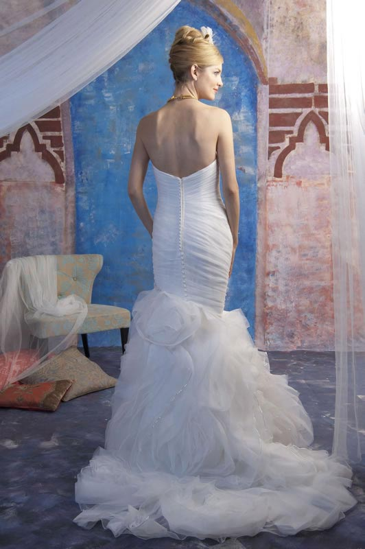 jade-daniels-2014-collection-style-9182-back