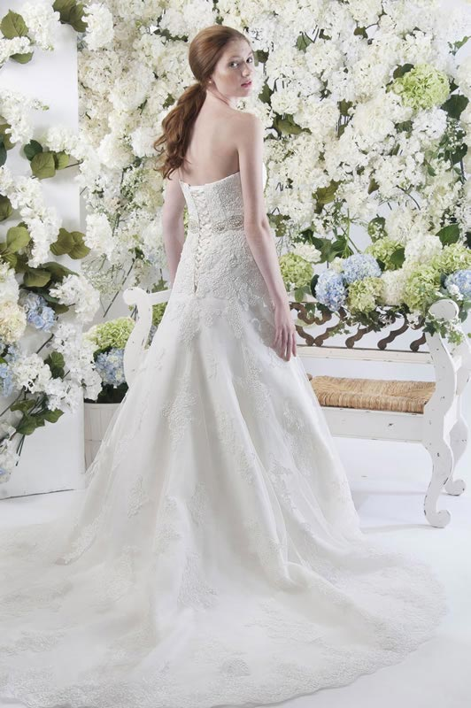jade-daniels-2014-collection-style-9189-back