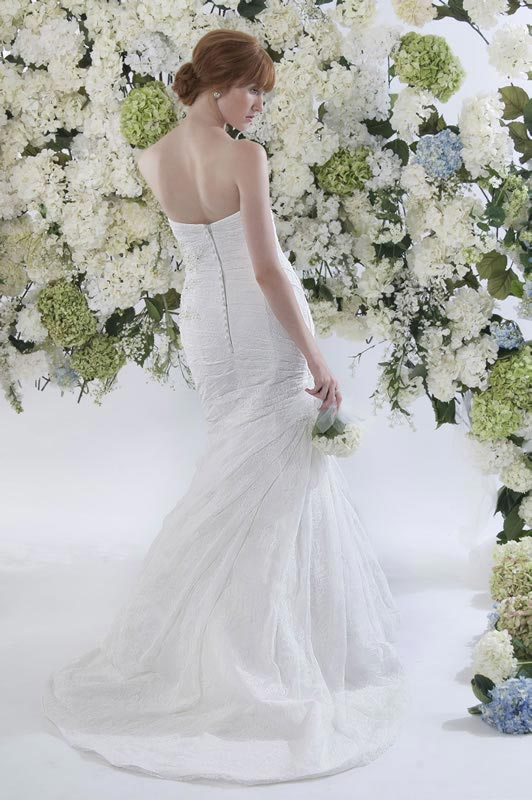 jade-daniels-2014-collection-style-9190-back