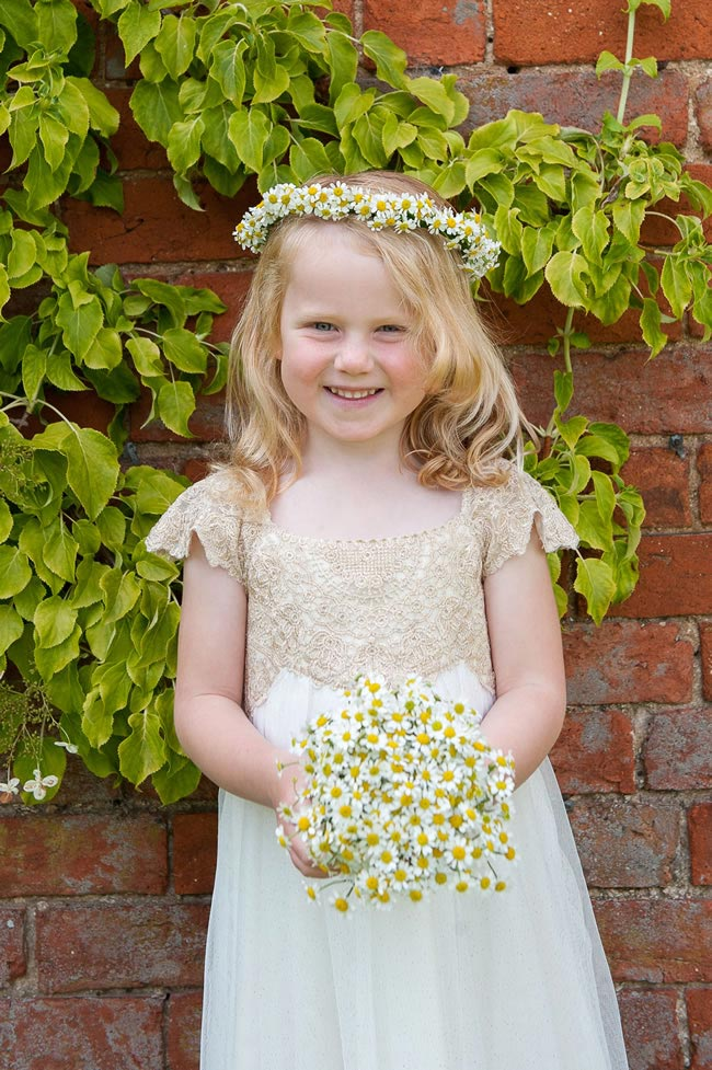 ultimate-guide-flowergirls-weddingsbynicolaandglen.com