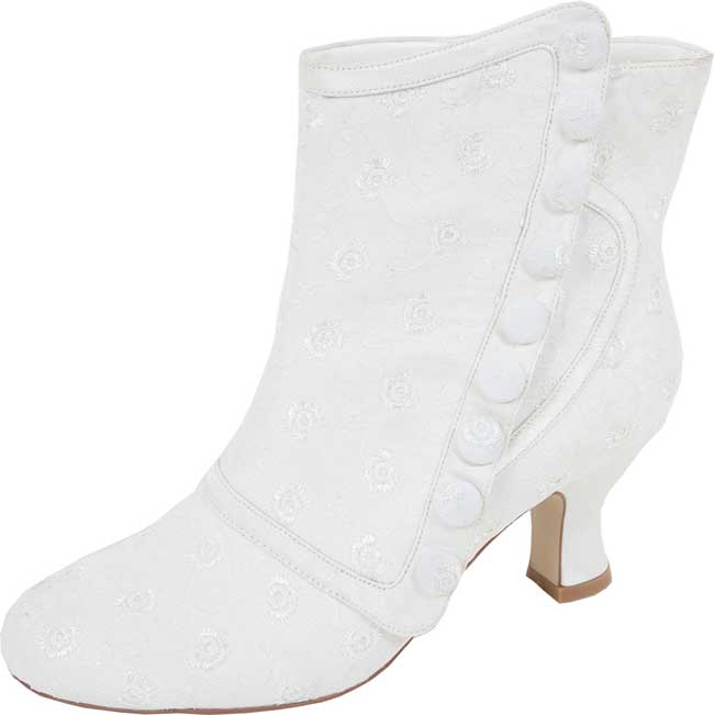 11-of-the-best-new-winter-wedding-shoes-Perfect-Nelly