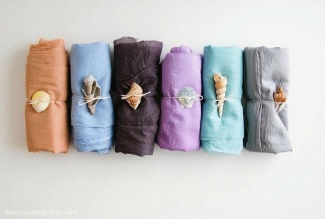8-fabulous-favour-ideas-beach-wedding-sarongs