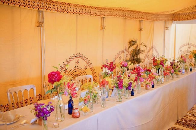 9-budget-friendly-ways-style-wedding-reception-venue-full colour1