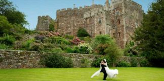 Perfect-locations-for-your-wedding-photographs-at-Berkeley-Castle-7