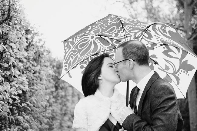 Stunning-winter-wedding-photographs-every-summer-bride-should-see-05