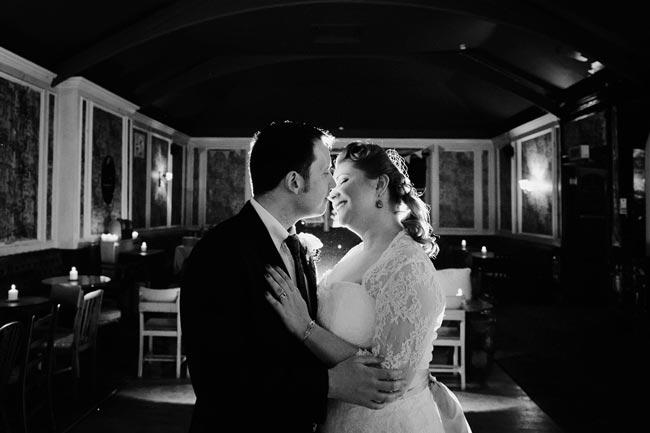 Stunning-winter-wedding-photographs-every-summer-bride-should-see-09