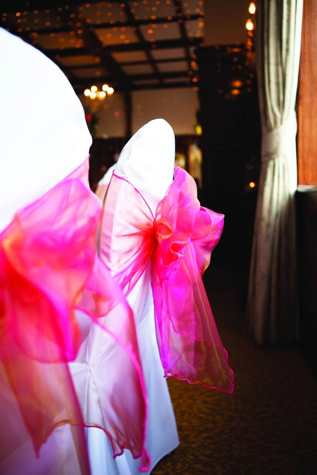 a-romantic-january-wedding-full-of-rich-coral-colours-with-samantha-and-chris-tatumreid.com-305