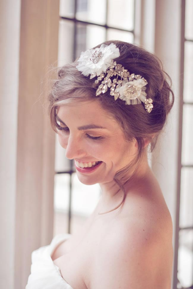 add-floral-touch-bridal-hair-accessories-daisy-day-LWC_0139_high_res