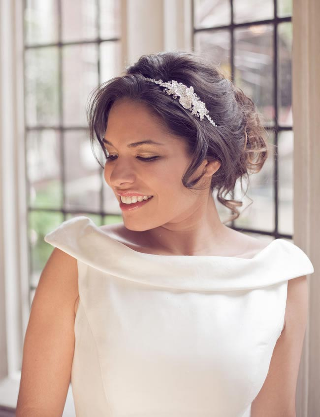 add-floral-touch-bridal-hair-accessories-daisy-day-LWC_0183_high_res
