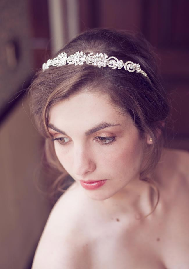 add-floral-touch-bridal-hair-accessories-daisy-day-LWC_9958_high_res