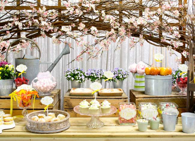amazing-new-candy-counters-are-a-sweet-sensation-for-receptions-1