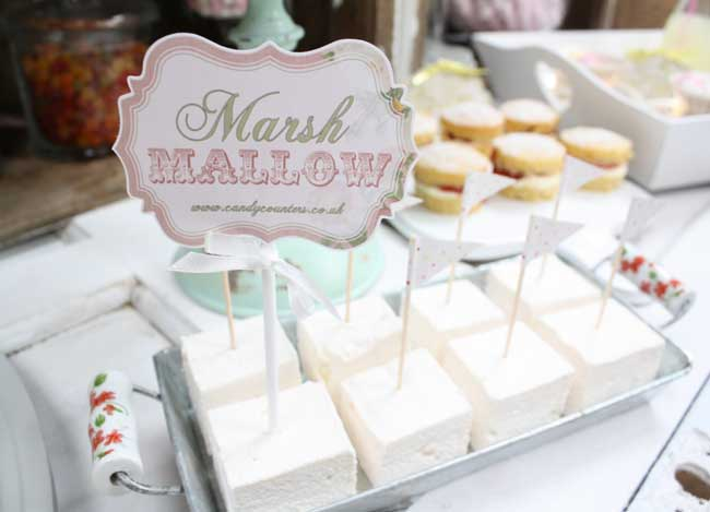 amazing-new-candy-counters-are-a-sweet-sensation-for-receptions-6