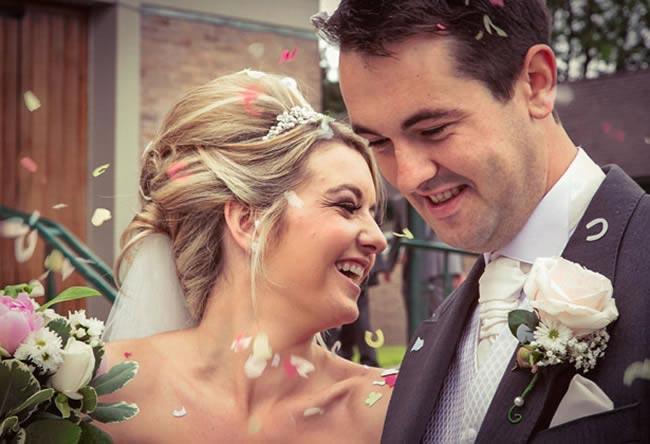 amazing-reception-ideas-confettis-real-brides-clairelloyd3