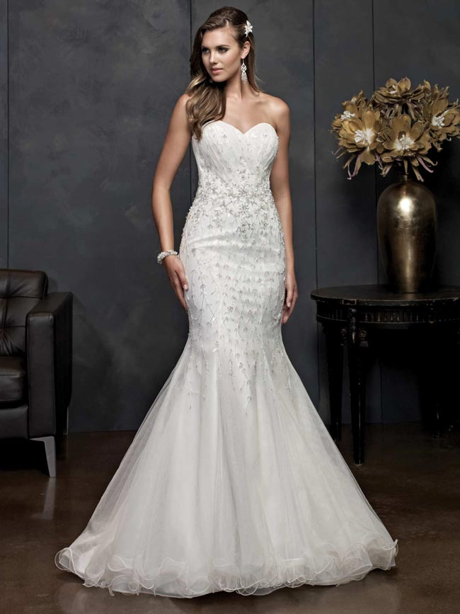 beautifully-detailed-wedding-dresses-for-2014-from-kenneth-winston-PL1539