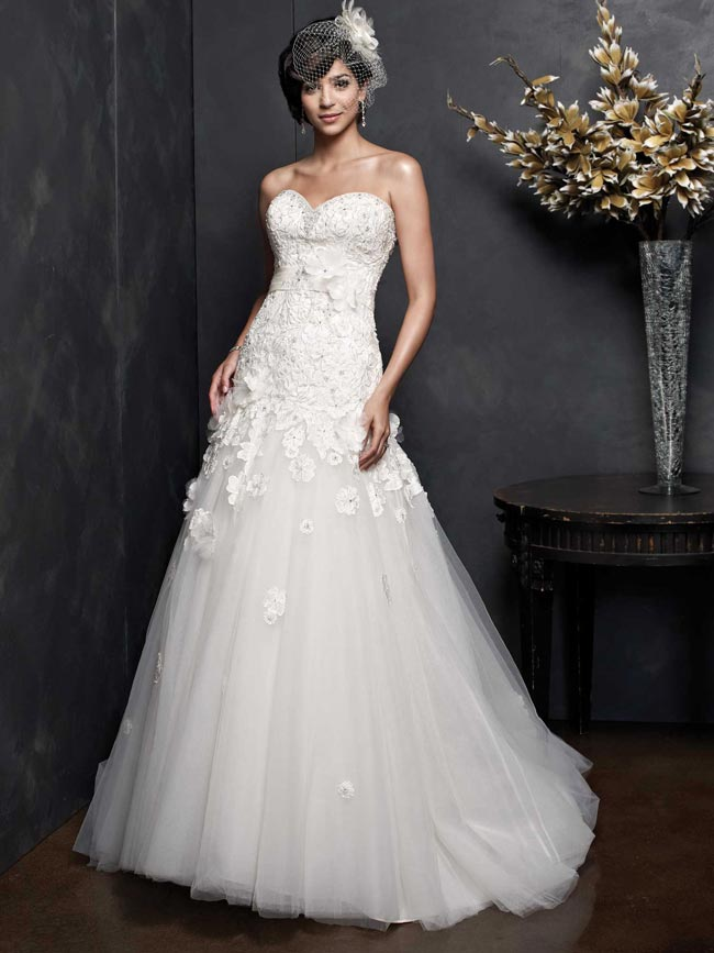 beautifully-detailed-wedding-dresses-for-2014-from-kenneth-winston-PL1541