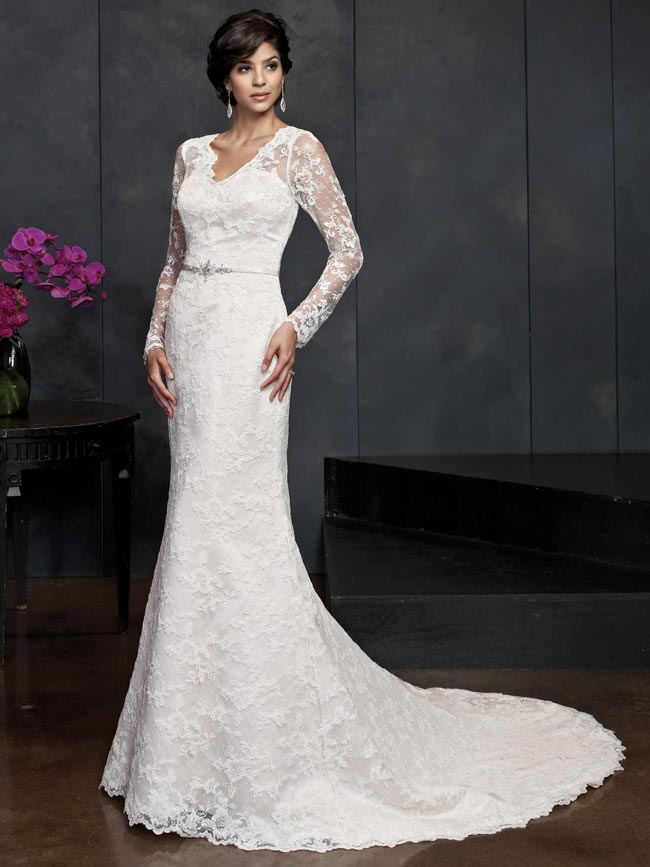 beautifully-detailed-wedding-dresses-for-2014-from-kenneth-winston-PL1542