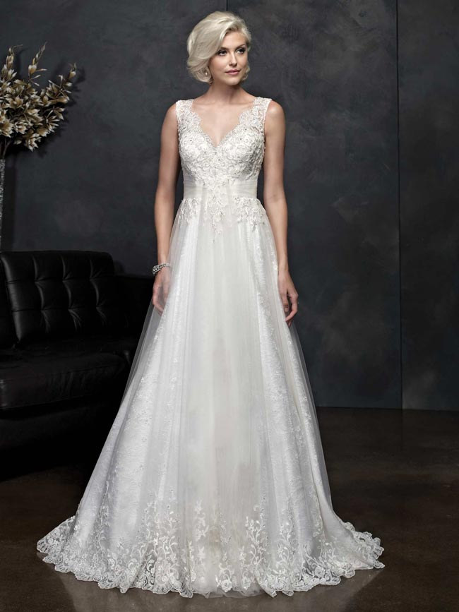beautifully-detailed-wedding-dresses-for-2014-from-kenneth-winston-PL1543
