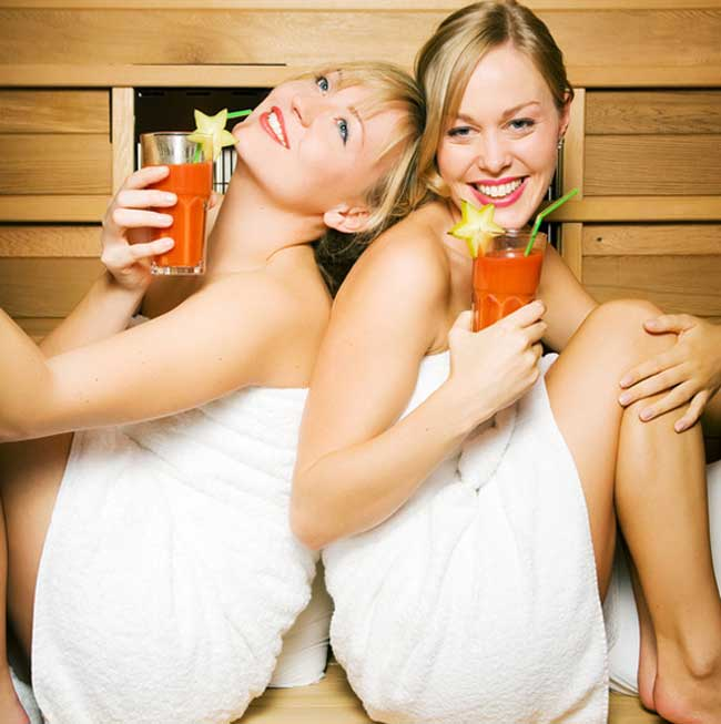 chic-and-glamorous-hen-party-ideas-from-ukgirlthing-bristol