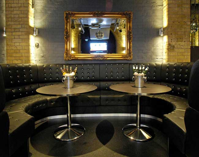 chic-and-glamorous-hen-party-ideas-from-ukgirlthing-london