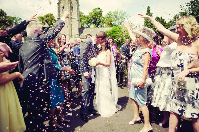 confetti-wedding-need-free-handy-tool-shropshire-petals-devlinphotos.co.uk  LP 284