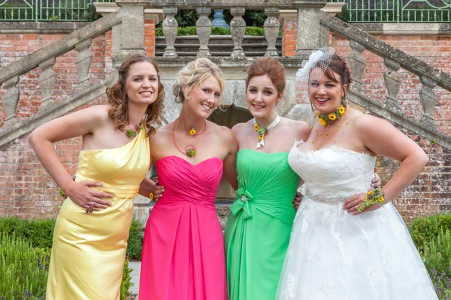 do-you-love-bright-wedding-themes-dresses