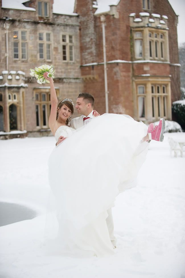 let-it-snow-a-wonderful-white-real-wedding-with-katie-and-dave-ABC_5160