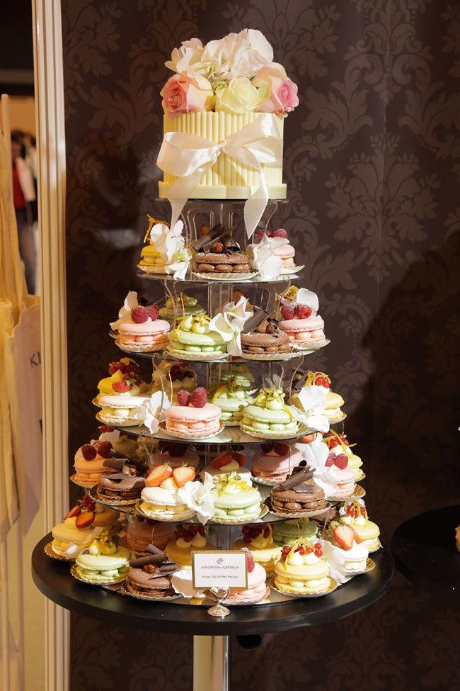 national_wedding_show_cake