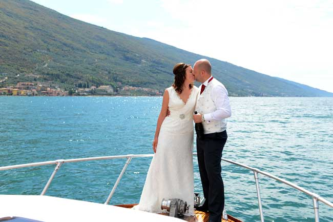 planning-a-wedding-abroad-is-easy-one-real-bride-reveals-all-5