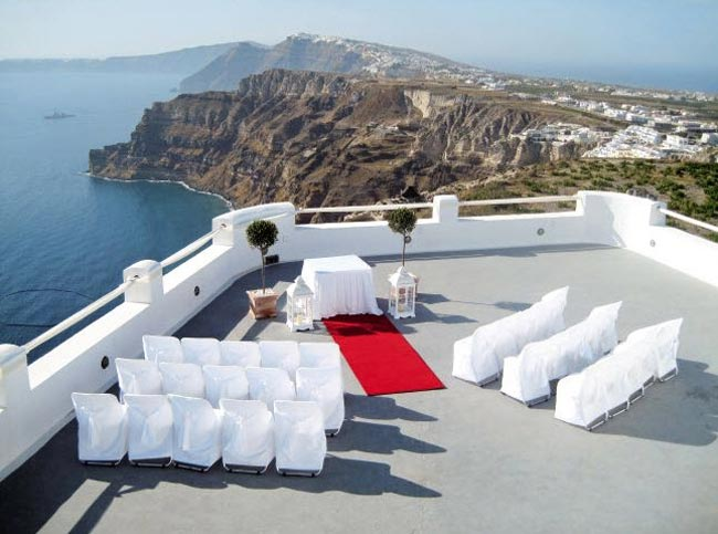 unusual-wedding-ceremony-locations-winery