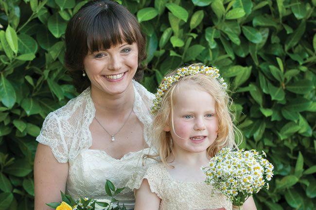 we-love-lindsey-and-daves-sunny-music-themed-wedding-weddingsbynicolaandglen.com-FamilyGroupPhotographs-0044