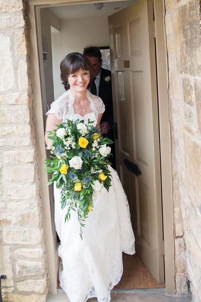 we-love-lindsey-and-daves-sunny-music-themed-wedding-weddingsbynicolaandglen.com-WeddingPreperations-0132