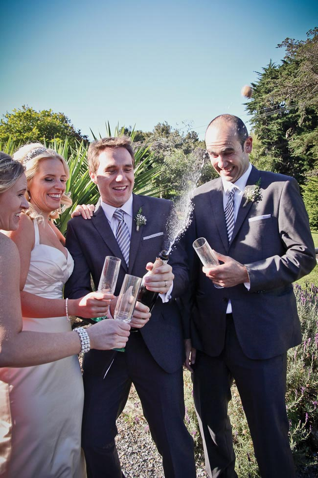 we-love-rachel-and-tims-beautiful-outdoor-real-wedding-in-new-zealand-kathrynwilsonphotography.com  rtw-2360