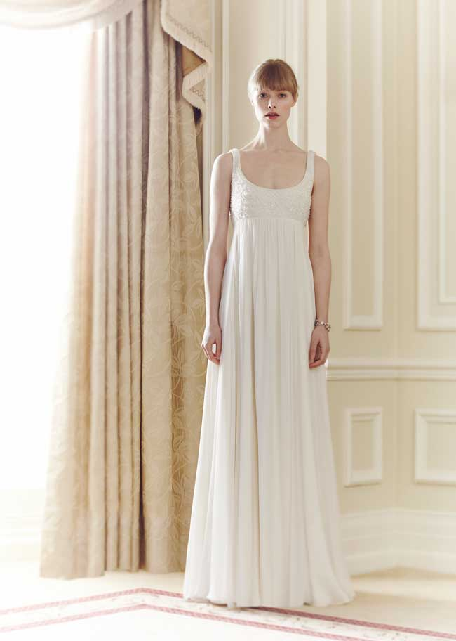11-informal-wedding-dresses-for-a-relaxed-celebration-Claudia-Jenny-Packham