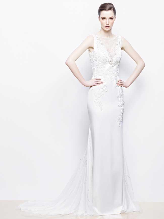 20-glamorous-wedding-dresses-full-of-sparkle-and-shine-Isra-Enzoani