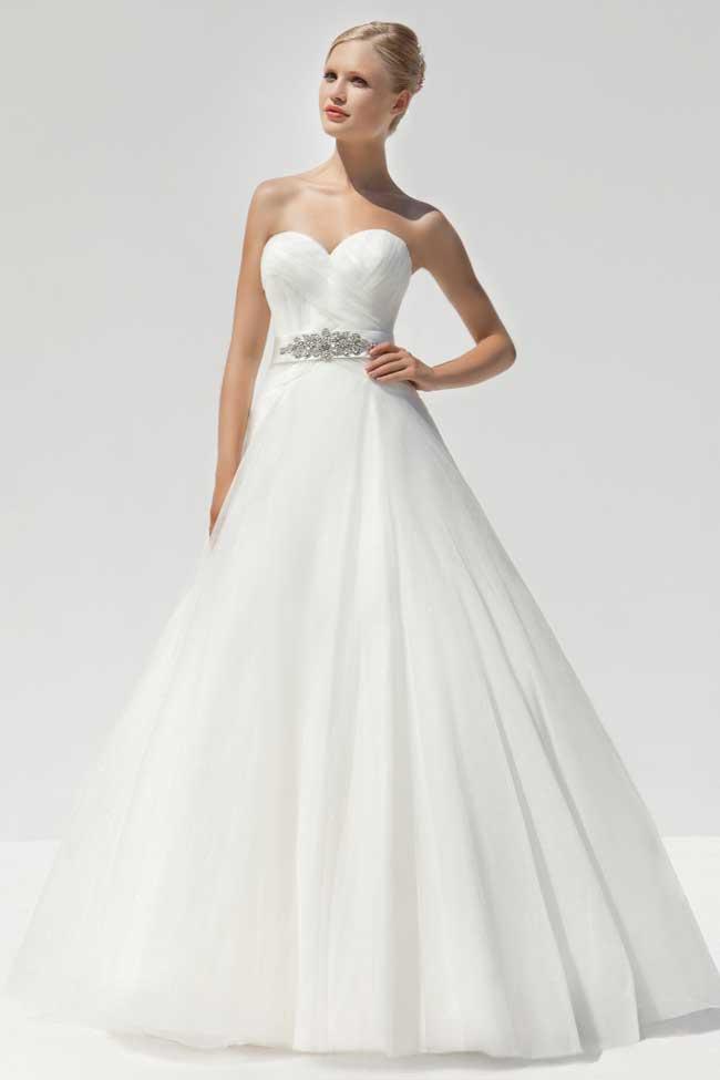 20-glamorous-wedding-dresses-full-of-sparkle-and-shine-Style-MLB7031-Mark-Lesley-Bride