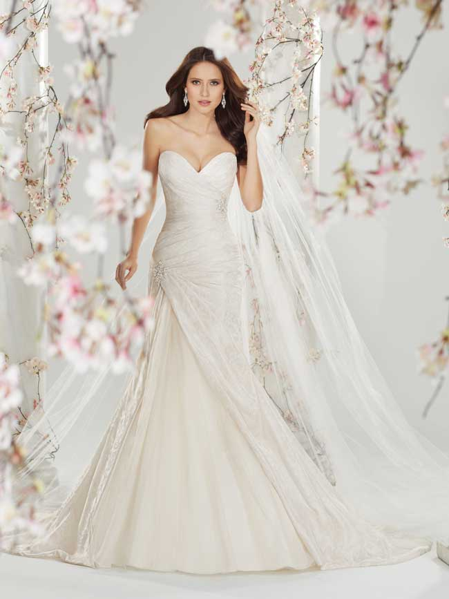 20-glamorous-wedding-dresses-full-of-sparkle-and-shine-Style-Y11401-Sophia-Tolli