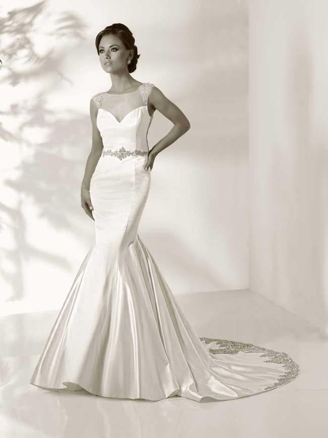 20-glamorous-wedding-dresses-full-of-sparkle-and-shine-Vanessa-Cristiano-Lucci