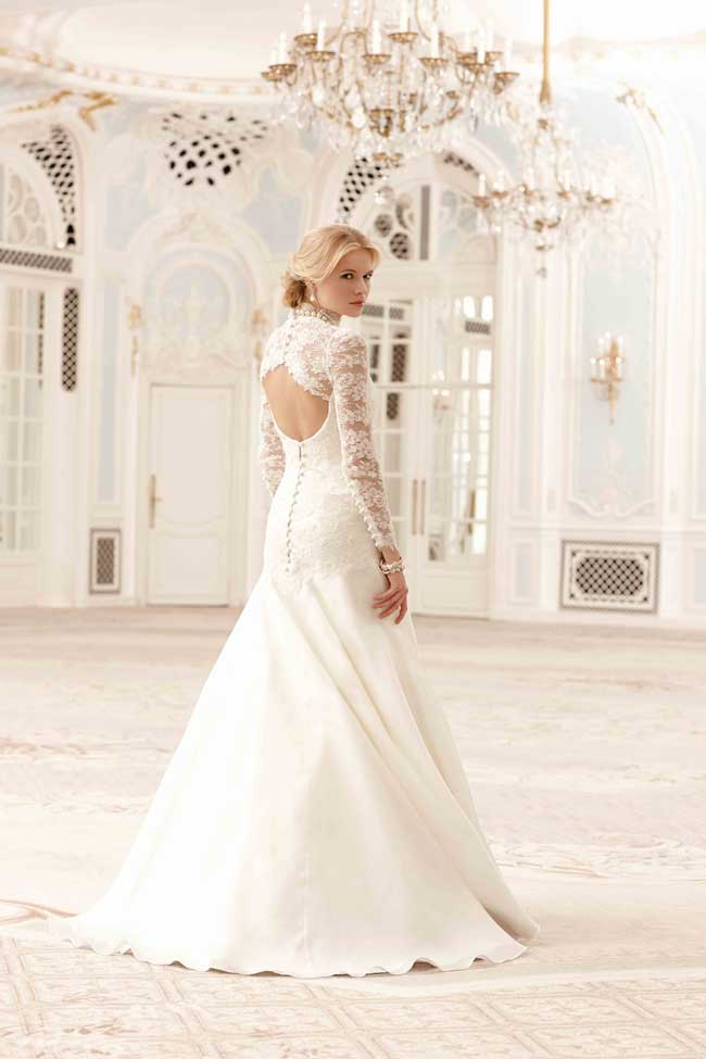 Best Lace Wedding Dresses-Elspeth-Sassi-Holford
