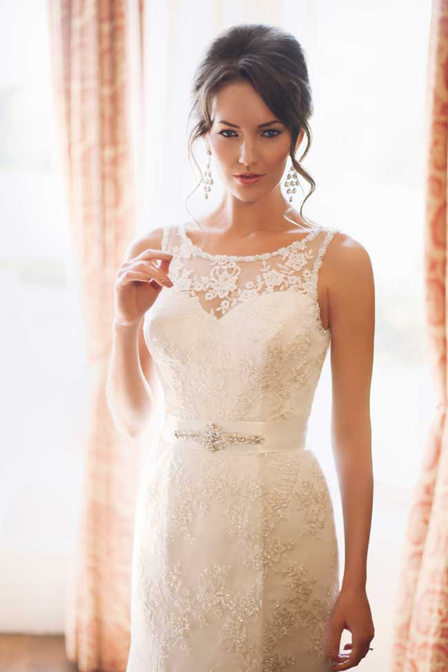 20-of-the-best-new-lace-wedding-dresses-for-2014-Style-2431-Benjamin-Roberts