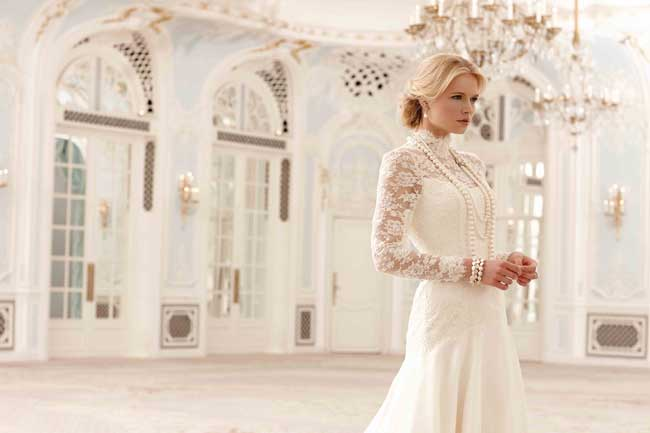 Best Lace Wedding Dresses SASSI-HOLFORD