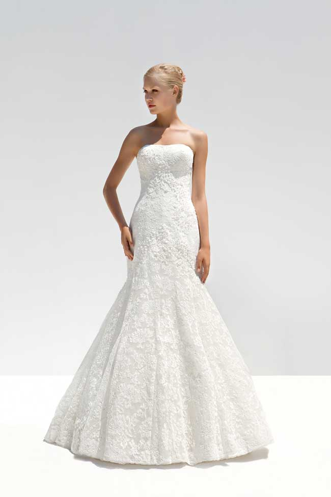 7-of-the-best-lace-wedding-dresses-for-2014-MLB-7045A