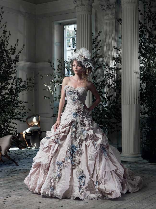 9-jaw-dropping-wedding-dresses-your-groom-will-love-Gainsborough-Ian_Stuart
