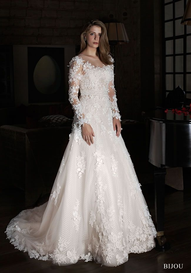 for-gorgeously-feminine-bridal-style-check-out-the-intuzuri-2014-collection-bijou