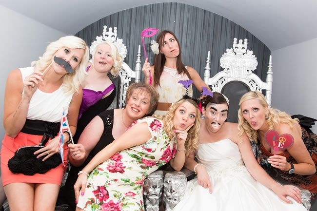 how-to-entertain-your-wedding-guests-in-2014-katherineashdown.co.uk-AndrewandCarleyWedding-604