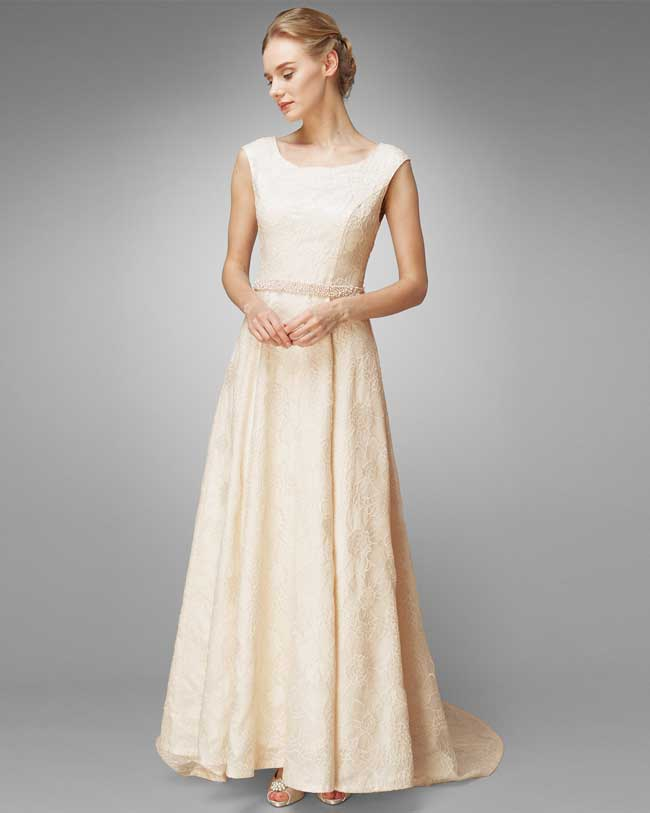 save-a-massive-30-on-wedding-dresses-at-phase-eight-flora