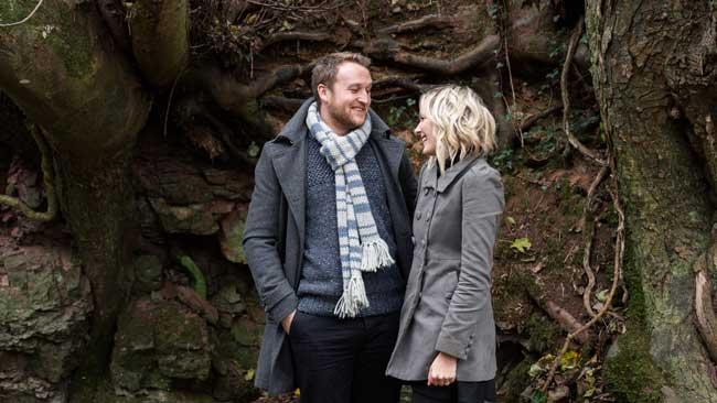 see-wedding-ideas-editor-jade-at-her-enchanting-engagement-shoot-Jade&Dan-36